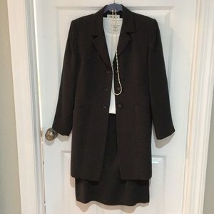 Le Suit 2 pc for Fall & Winter